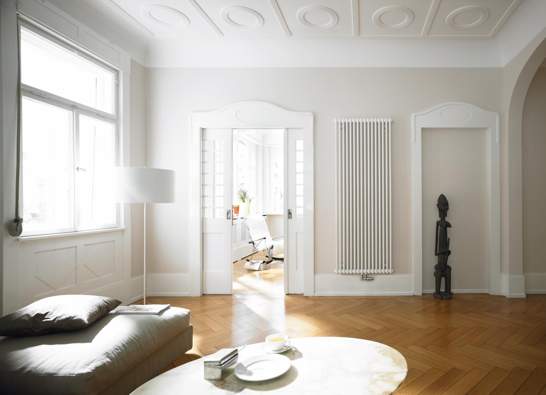 Zehnder_RAD_Charleston_livingroom_old-building_sofa_Print_25538